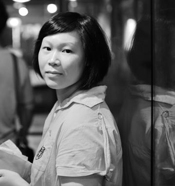 改裝軍團 Tina 老師,7年級的女頭家,於台北成立機械示鍵盤客製化工作坊實體門市,將近十五年的經營實績,對於手作鍵盤有著豐富的經驗與見解。